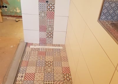 Badsanierung mit Mosaikmustern Michendorf